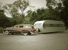 Vintage Woodie + camper= happy