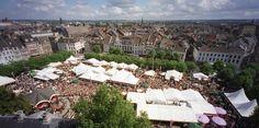 Größtes Open-Air-Restaurant der Niederlande - (rf) Ende August findet in Maastricht das älteste und größte Kulinarik-Event der Niederlande statt. 't Preuvenemint verwandelt vom 27.-30. August 2015 den Vrijthof in ein riesiges Open-Air-Restaurant. - Weiterlesen: http://www.reisefernsehen.com/reise-news/reise-news-europa/groesstes-open-air-restaurant-der-niederlande.php