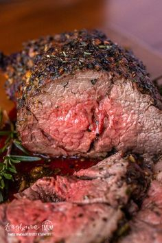 This garlic and herb beef tenderloin recipe is easy to prepare, flavorful, and incredibly tender. Wow your holiday guests with this perfect beef tenderloin! Beef Tenderloin Oven, Best Beef Tenderloin Recipe, Perfect Beef Tenderloin, Beef Tenderloin Roast, Beef Fillet, Pork Roast, Angus Rind, Beef Recipes, Cooking Recipes