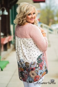 Curvy| Stephanie's Floral Picked Top - Blush