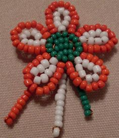 Red And White, March, Beaded Bracelets, Beads, Beading Ideas, Flowers, Crafts, Jewelry, Craft Ideas