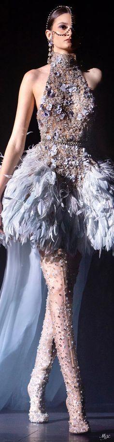 Spring 2021 Haute Couture Elie Saab Elie Saab Gowns, Elie Saab Couture, Haute Couture Dresses, Couture Fashion, Women's Fashion, Elie Saab Spring, Rainbow Fashion, Couture Details, Indian Designer Wear