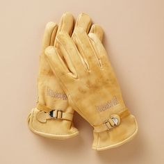 Ruggedly crafted from dense and durable deerskin, individually cut and sewn. Marker's® all-purpose work gloves go beyond the usual protective requirements with near-impenetrable materials and a thick 14 oz.-pile lining. Ideal for those outdoor winter jobs. Rust-proof, double chrome-plated steel O-rings. $98