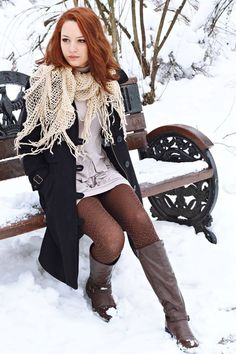 #dresuri  http://www.tights.ro/index.php/pattern/basket-weave-tights  Photo Credits: Diana Nastase https://www.facebook.com/Fascinatie?fref=ts
