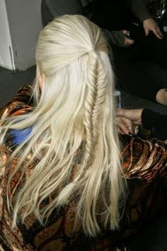 i love this hairstyle it reminds me of lagertha from vikings