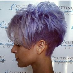 Short Grey Purple Hair Cuts for Girls Funky Short Hair, Cute Hairstyles For Short Hair, Short Blonde, Ladies Hairstyles, Blonde Hairstyles, Simple Hairstyles, Everyday Hairstyles, Short Hair Cuts For Women Edgy, Edgy Pixie Hairstyles