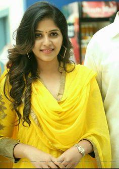 Anjali at Prasads Imax for Chitrangada movie promotion Beautiful Girl Indian, Beautiful Indian Actress, Beautiful Actresses, Stylish Girl Images, Stylish Girl Pic, Stylish Dp, Profile Picture For Girls, Profile Pictures, South Indian Actress