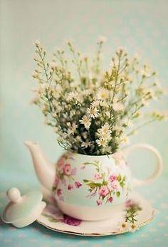 Vintage teapot centerpiece