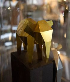 Thought you could only make origami with paper?  Think again!  Check out Poligon's flat-sheet foldable metal sculptures.