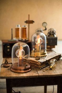 lampe cloche by Watt & Veke Lampe Steampunk, Steampunk Bedroom, Copper Table, Brass Table Lamps, Interior Design Elements, Home Interior Design, Lamp Light, Light Bulb, Lampe Edison