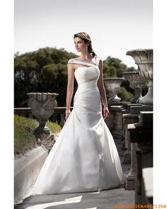 Robe princesse avec bretelles asymétriques en taffetas ornée de plis et de perles robe de mariée originale
