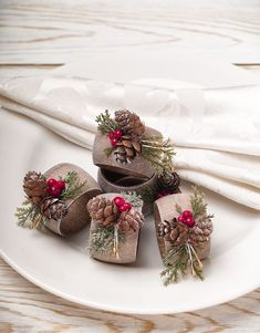 Thanksgiving Table Decor, Christmas Napkin Rings, Christmas Dining Table Decor, Rustic Home Napkin Ring Holders, Holiday Table Decorations Pine Cone Decorations, Christmas Table Decorations, Decoration Table, Christmas Napkin Rings, Christmas Napkins, Christmas Dining Table, Rustic Christmas, Christmas Holiday, Christmas Christmas