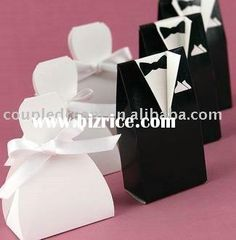 Wedding Favors Glamorous cheap wedding souvenirs for memorable glamorous pictures of gifts Affordable Wedding Favors. Cheap Wedding Souvenirs For Guests. Cheap Wedding Favors For Guests. Wedding Candy Boxes, Unique Wedding Favors, Unique Weddings, Wedding Gifts, Wedding Decoration, Wedding Wishes, Romantic Weddings, Wedding Card, Wedding Themes