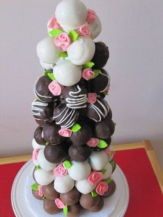 Adorable chocolate cake ball tower #wedding #weddingdessert #desserttable #diywedding #cakeballs