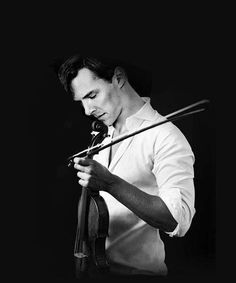 he looks as sexy as hell, but seriously, PUT THE VIOLIN DOWN!!!