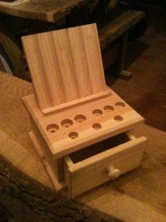 Single drawer Cherry stand, cuuuuttttteeeeee :)
