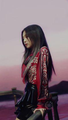 Cr to the owner J Pop, Kim Jennie, South Korean Girls, Korean Girl Groups, Asian Woman, Asian Girl, Blackpink Fashion, Fashion Outfits, Rapper