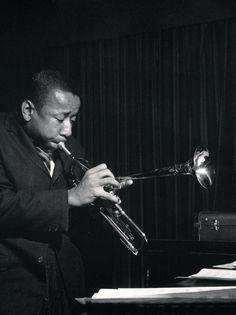 El Hurgador [Arte en la Red]: Blues & Jazz / Black & White (X) Music Is Life, Live Music, My Music, Jazz Artists, Jazz Musicians, Arkansas, Lee Morgan, Jazz Instruments, Francis Wolff