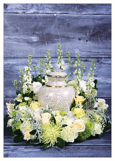Sympathy urn creation ~ Created by Gina Prokipchuk for the September/October 2013 issue of Canadian Florist. Funeral Floral Arrangements, Flower Arrangements, Flowers For Mom, Beautiful Flowers, Funeral Sprays, Funeral Ideas, Memorial Urns, Sympathy Flowers, Funeral Flowers