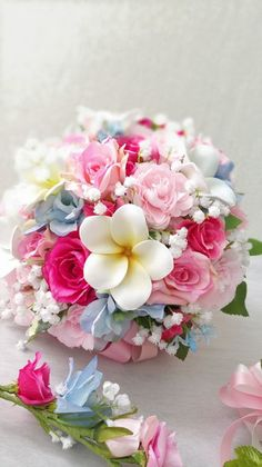 pink, white & blue wedding bouquet with roses, gypsophilia and stephanotis Summer Wedding Bouquets, Bride Bouquets, Floral Bouquets, Floral Wedding, Wedding Flowers, Blue Wedding, Barn Wedding Centerpieces, Floral Centerpieces, Floral Arrangements