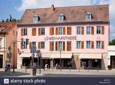 Download this stock image: Apotheke chemist shop apothecary in Weimar, Germany, Europe - BEYPTE from Alamy's library of millions of high resolution stock photos, illustrations and vectors.