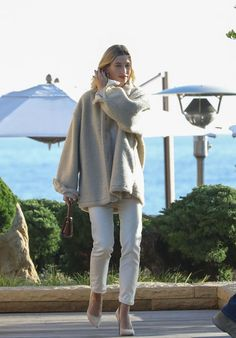 Women's 20s Fashion, Fashion Outfits, Mode Dope, Hailey Baldwin Style, Jenner Style, Street Style Summer, Mode Style, Aesthetic Clothes, Casual Chic