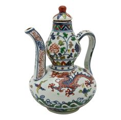 Wucai ceramic ewer with cover, China, Ming Dynasty