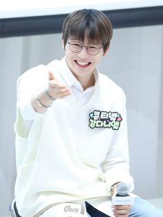 Wanna-One - Kang Daniel Kdrama, Kim Jaehwan, Ha Sungwoon, Happy Pills, Innisfree, Man Alive, Jinyoung, Little Boys, Rapper
