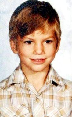Ashton Kutcher-cutey