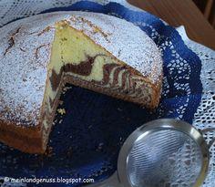 mein erster Zebrakuchen ist im Ofen; das war eine kleine Geduldsprobe  für mich, weil ich nicht so sehr ein Mensch mit viel Geduld für K...