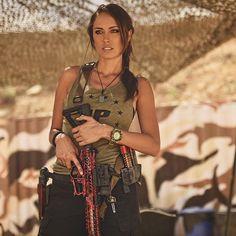 Monday Gunday Rifle: @f1firearms Shirt: @1stphorm Holster: @little.gat