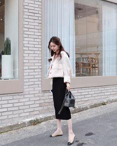 Frock Fashion, Girl Fashion, Fashion Outfits, Fashion Design, Simple Shirts, Korea Fashion, Korean Outfits, Aesthetic Fashion, Minimalist Fashion