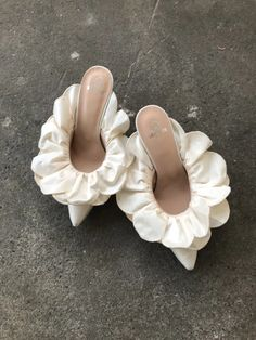 in Ivory -Stell Mule in Ivory - This is how you sprinkle fabulous on your look. Get your look to slay 😍🔥 😍💛 Marie Antoinette Heels Shoes Rococo Baroque Fashion Costume Spring Shoes, Summer Shoes, Fall Shoes, Bridal Shoes, Wedding Shoes, Wedding Bride, Oxfords, Baroque Fashion, Dream Shoes