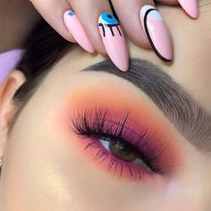 These winter eyeshadow looks are great for the upcoming season and holidays! Check out these winter eyeshadow makeup looks! Makeup Eye Looks, Cute Makeup, Pretty Makeup, Skin Makeup, Makeup Eyeshadow, Gorgeous Makeup, Fall Eye Makeup, Summer Eye Makeup, Winter Makeup
