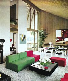 Pin by sue rutherford on mid century living/dining rooms 1970s Decor, 70s Home Decor, Home Decor Kitchen, Mid Century Living Room, Mid Century House, Living Room Modern, Home Living Room, Retro Room, Mid Century Modern Decor