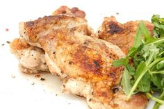 Crispy and Tender Baked Chicken Thighs http://www.recipes-fitness.com/crispy-and-tender-baked-chicken-thighs/