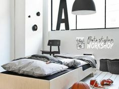 1-originale-idee-chambre-ado-ikea-garcon-en-gris-et-noir-grande-fenetre-