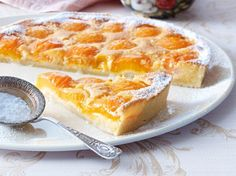 Apricot tart with almond cream recipe DELICIOUS - The recipe for apricot tart with almond cream and other free recipes LECKER. Tasty Bakery, Sweet Bakery, Mini Desserts, No Bake Desserts, Almond Cream Recipe, Apricot Cake, Fall Dessert Recipes, Sweets Cake, Baking And Pastry