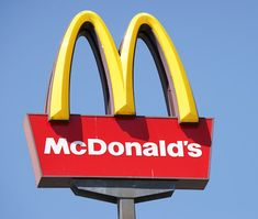 Apple has announced its latest Apple Pay promotion. As part of the offer, Apple Pay users will get free french fries at McDonald's. Apple Pay users can grab a free pack of medium McDonald's French fries every Friday in July. Big Mac, Breakfast Items, Breakfast Dishes, Breakfast Pancakes, Hamburgers, Study Test, Free In French, Mind Blowing Facts, Appetizers