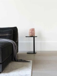 Ceramic Concrete tile - smoke | KYO console | BO sofa | flooring ...