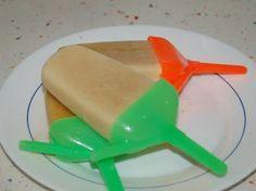 POLOS CASEROS DE PLÁTANO Plastic Cutting Board, Nom Nom, Pudding, Desserts, Microwaves, Snacks, Recipes, Homemade, Cook