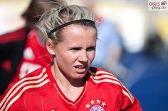 Julia Simic   FC Bayern München   by Sascha Pfeiler (girlsplay.de)