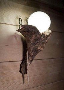 Lámpara hecha de raiz arbórea