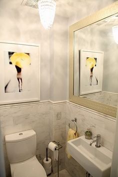good small powder room, great color...silver and yellow