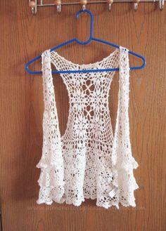 Just for an idea for crochet top, thr original has been deleted. Gilet Crochet, Crochet Jacket, Crochet Cardigan, Crochet Shawl, Crochet Woman, Love Crochet, Knit Crochet, Beautiful Crochet, Crochet Ruffle