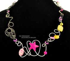 Pink and yellow pop art twisted wire necklace. by ShelleyLChalmers on Etsy