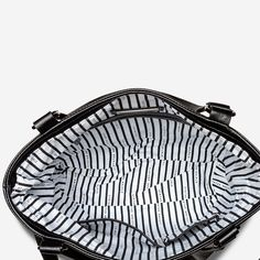 WASTELAND - black/black Black Leather Handbags, Leather Bag, Crossbody Tote, Italian Leather, Milan, Shoulder Strap, Coin Purse, Newcastle