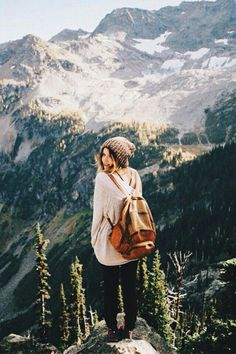 Imagen de girl, mountains, and travel