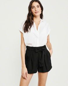 Belted Pleated Short