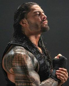 Roman Reigns Wwe Champion, Wwe Superstar Roman Reigns, Wwe Roman Reigns, Wrestling Superstars, Wrestling Wwe, Roman Reigns Tattoo, Roman Empire Wwe, Roman Reighns, Wwe Lucha